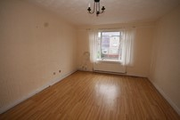 flat to rent aurs crescent east-renfrewshire