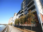 flat to rent meadowside quay walk glasgow