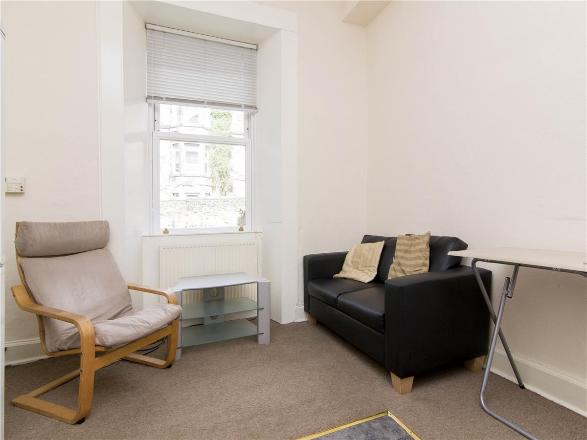 Property for rent at 11 Caledonian Road