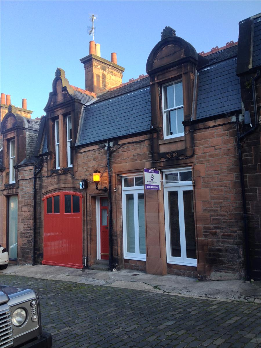 Property for rent at 5 Belford Mews