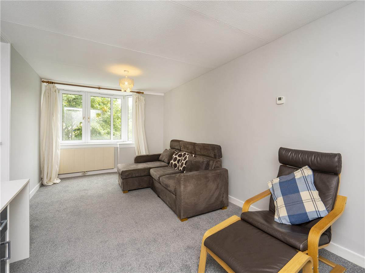 Property for rent at 5/12 Saunders Street