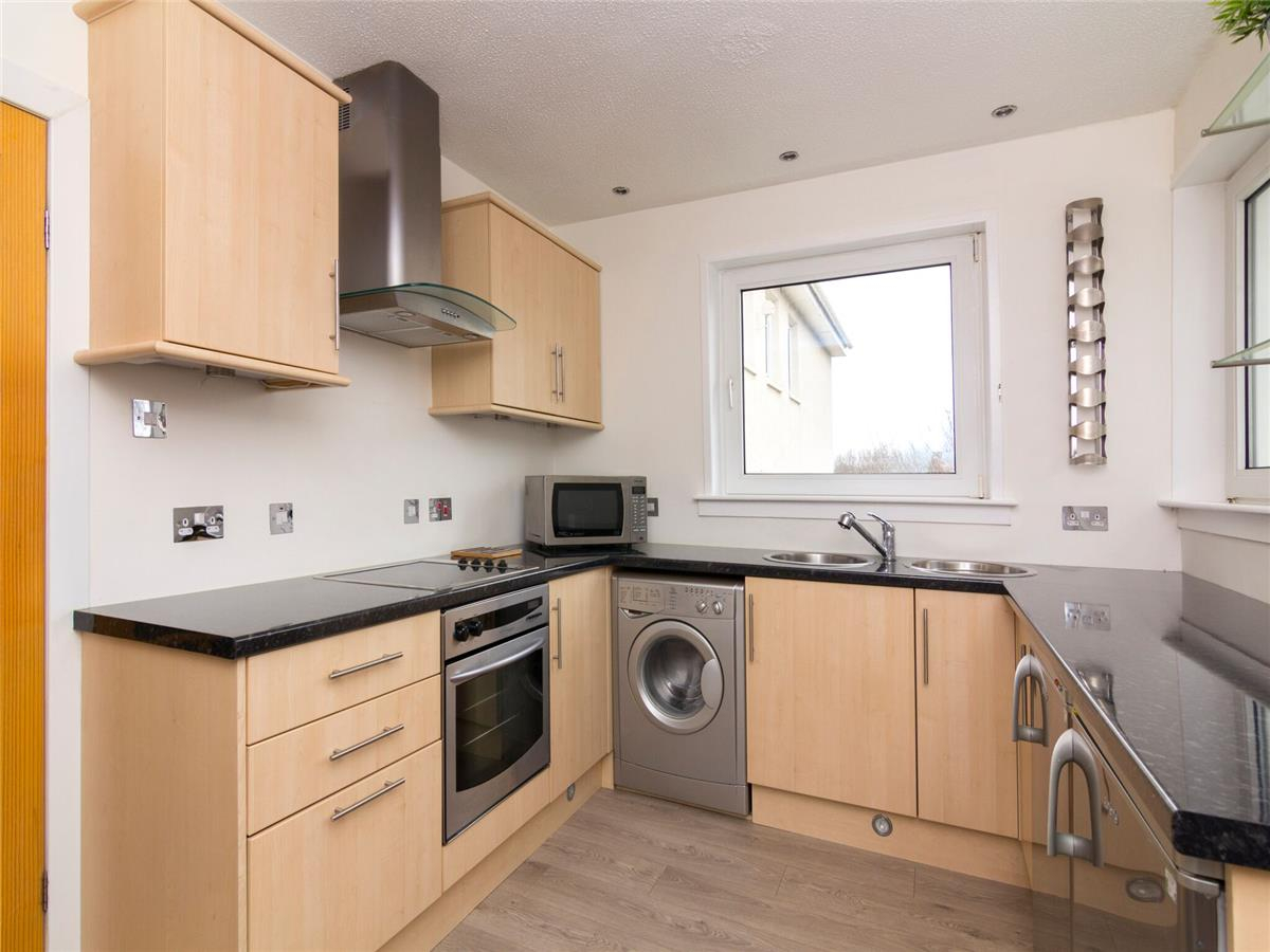 Property for rent at 48/12 North Gyle Grove