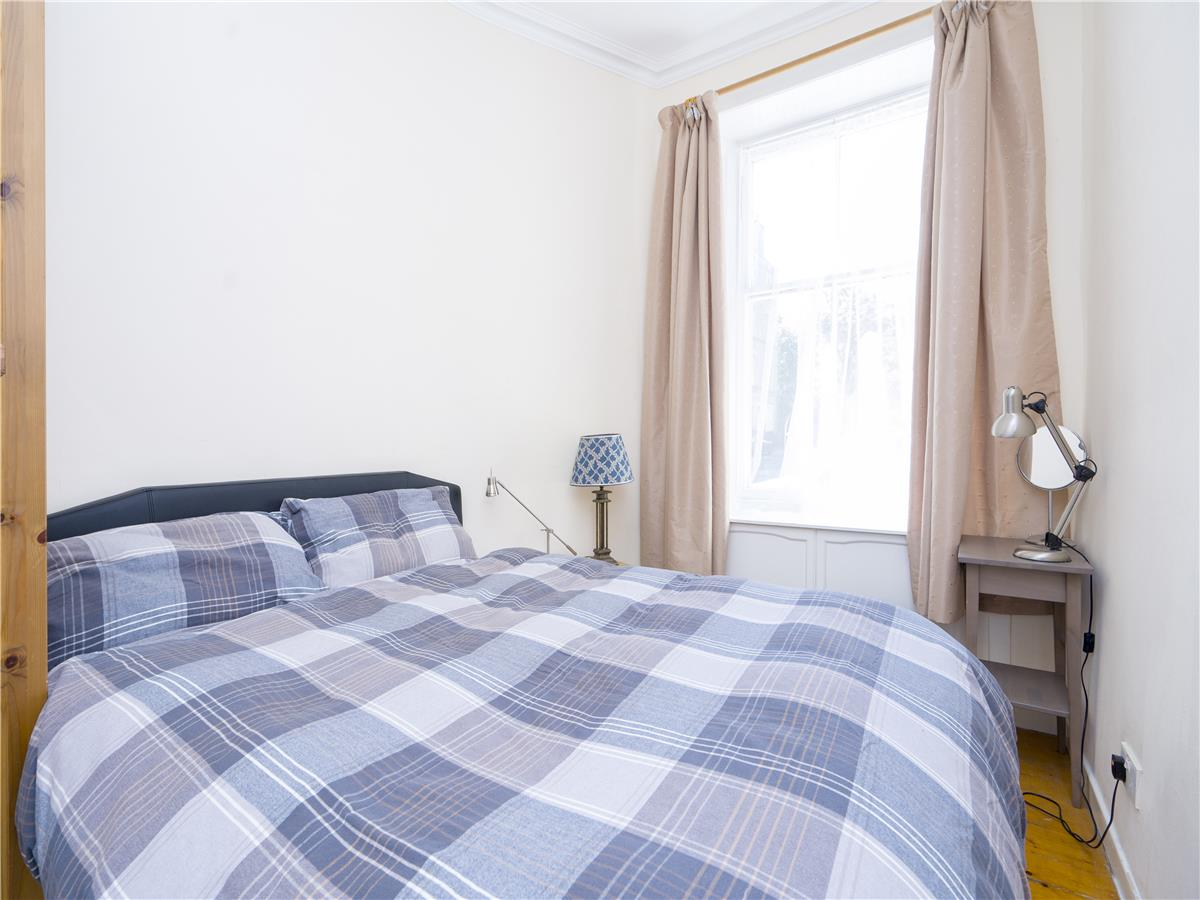 Property for rent at 9/3 Moncrieff Terrace