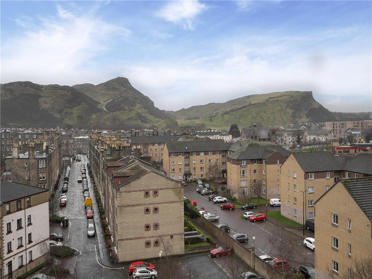 Property for rent at Flat 19, 13 Lochend Park View