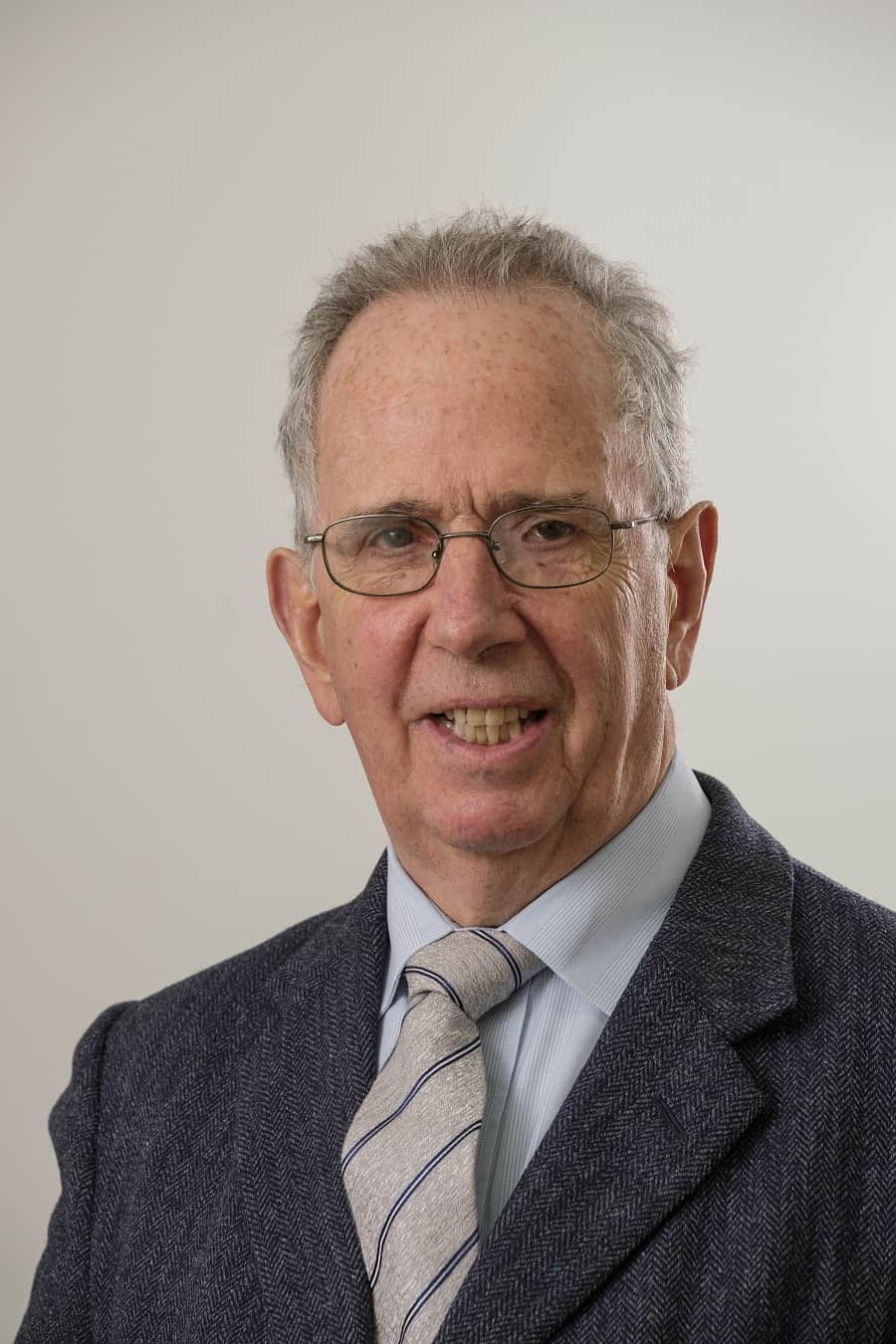 LAR-chairman-Andrew-Robertson